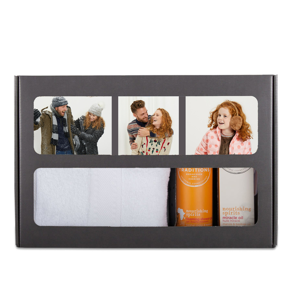 beauty pakket met eigen naam en foto - beautybox-treets-traditions-nourishing-spirits-large_4-5